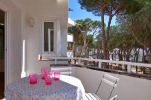 016P LA PINEDA Apartment CHOPITEA Calella de Palafrugell
