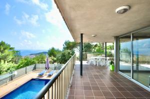 K20 Villa Breeze Casa aislada / Villa Roca Grossa Lloret de Mar