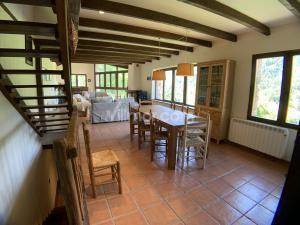 U01 Borda/Casa Rural en Urmella Casa de pueblo  Urmella
