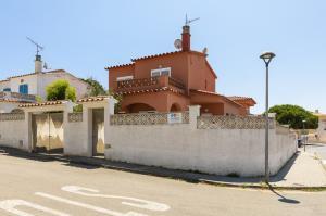 CAMOS CAMÓS Casa aislada / Villa Riells L'Escala