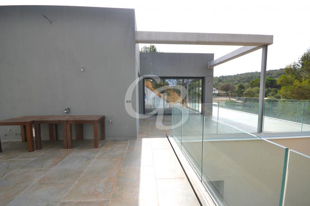 2124 CASA EN CONTRUCCION CON PISCINA PRIVADA EN RESIDENCIAL BEGUR Casa aislada / Villa Residencial Begur Begur