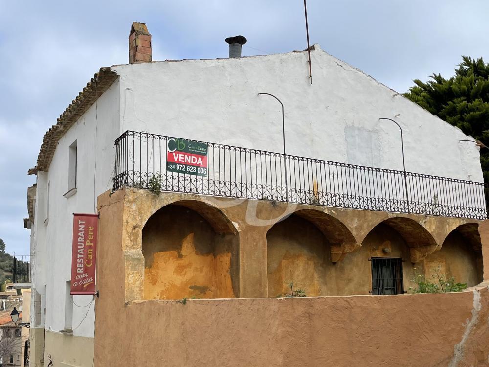 A2119 CASA DE PUEBLO PARA REFORMAR EN EL CENTRO DE BEGUR Casa de pueblo Centre Begur