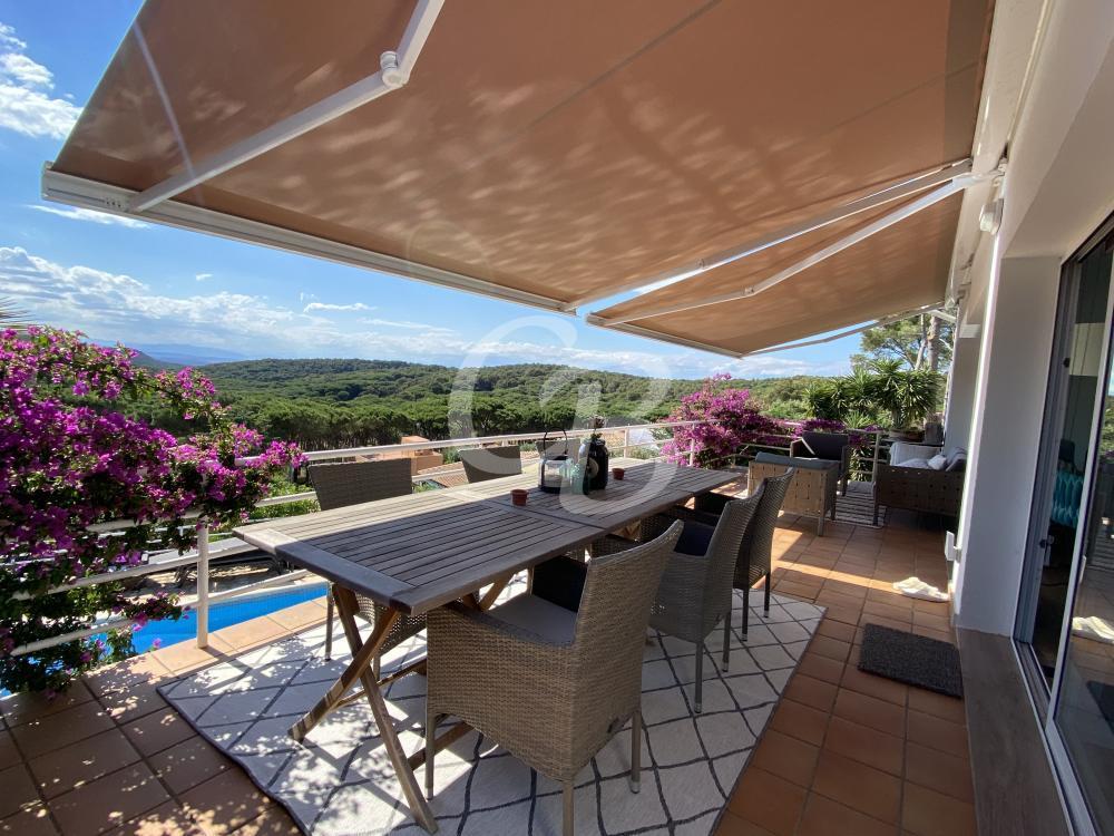 146 FANTASTICA CASA CON PISCINA CERCA DEL CENTRO Casa aislada / Villa Begur Begur