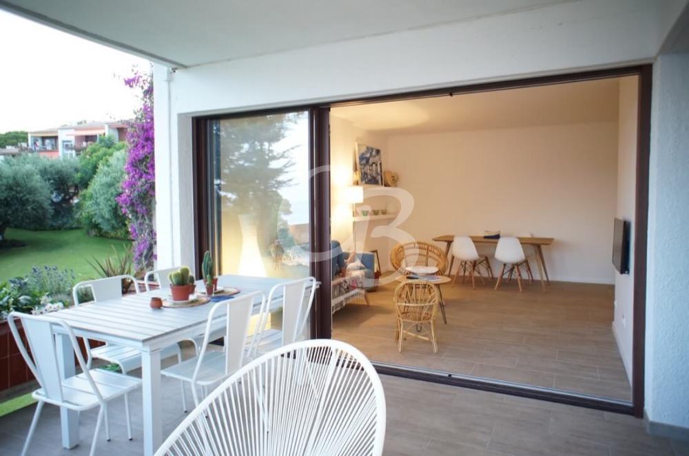 213 Appartement à louer à Aiguablava. Capacité 6 personnes. Vues sur la mer. Parking.