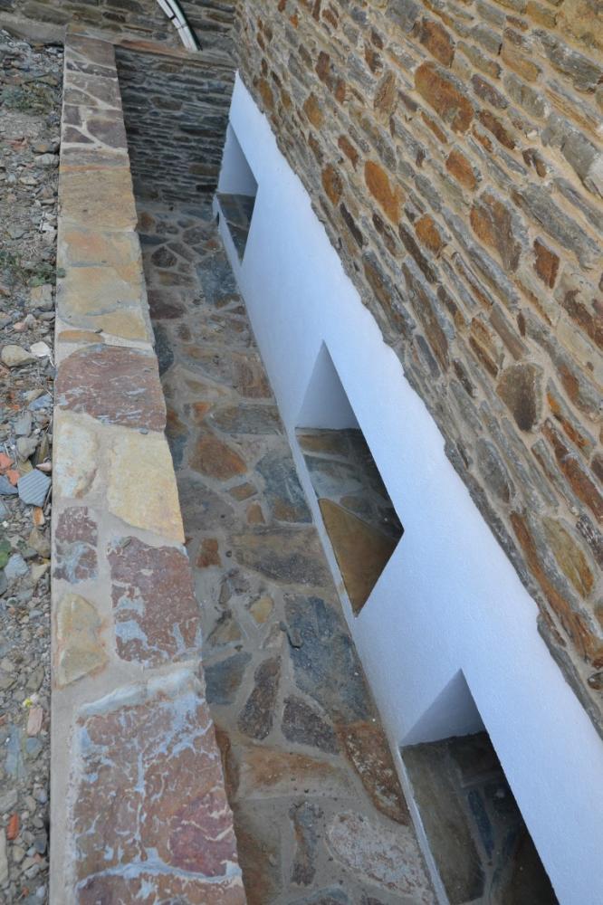 S' ARANELLA - OBRA NUEVA Casa en construcción situada en la zona de S'Aranella de Cadaqués Casa adossada S'aranella Cadaqués