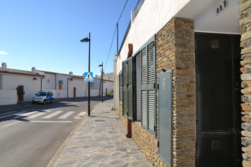Local comercial situado en la Carretera de Port Lligat de Cadaqués
