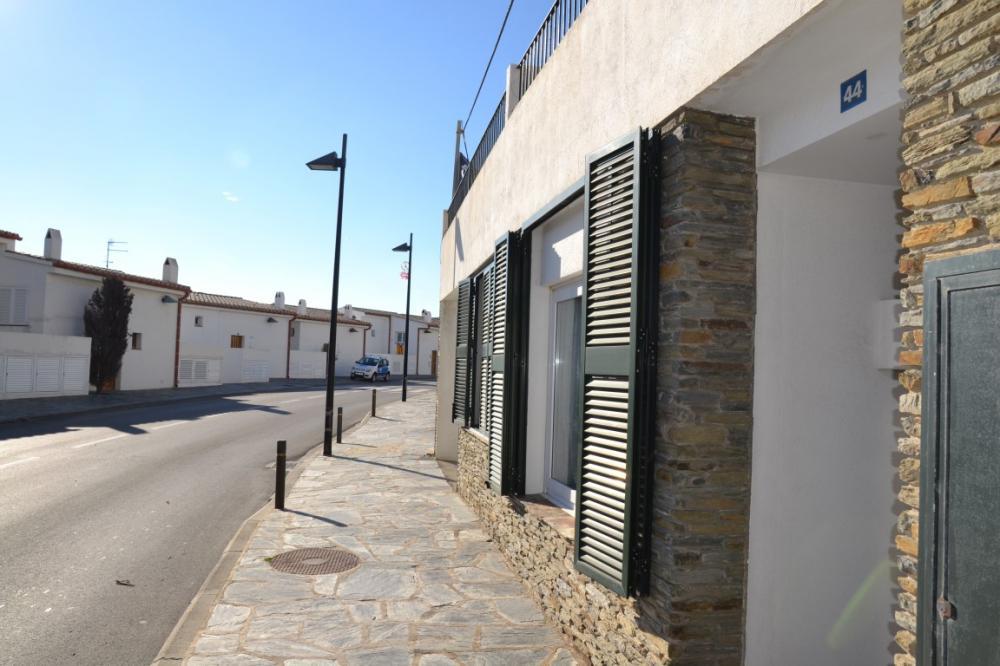 Local comercial en Cadaqués situado en la Carretera de Port Lligat