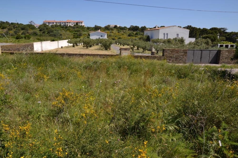 CAIALS Nº 4 Parcela edificable de más de 850m2 con vistas al mar en la zona de Caials Terreny Caials Cadaqués