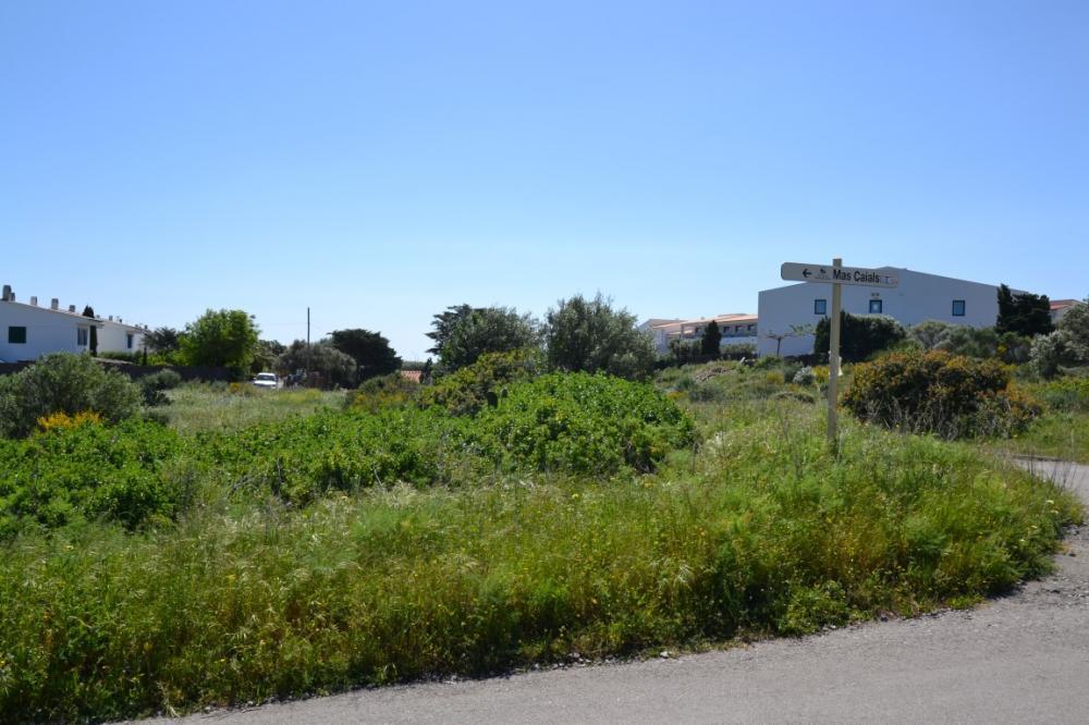 CAIALS Nº 2 Parcel·la urbana de 800m2 a la zona de platja de Calais Terreno Caials Cadaqués