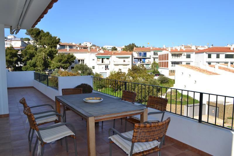 101.64 Carretera Port Lligat Ático de tres dormitorios en la Carretera Port Lligat con terraza y vistas al mar Appartement Carretera Port Lligat Cadaqués