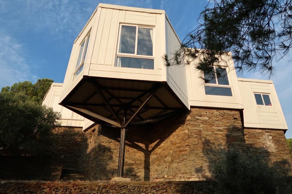 102.20 Sa Conca Casa con tres dormitorios con vistas panorámicas al pueblo y al mar. Casa aislada Sa Conca Cadaqués