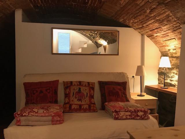 101.116 Casc antic Apartamento en la Plaza de la Estrella, casco antiguo. Apartamento Casc Antic Cadaqués