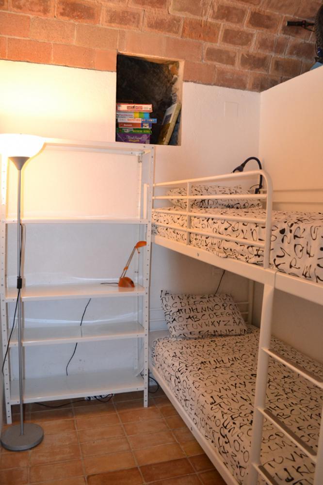 101.122 Casc antic Apartamento situado en planta baja con dos dormitorios Appartement Casc Antic Cadaqués