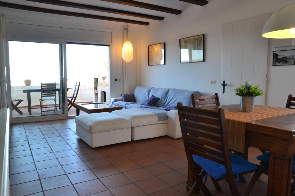 101.75 CAIALS Ático situado en la zona de Caials. Apartamento Caials Cadaqués