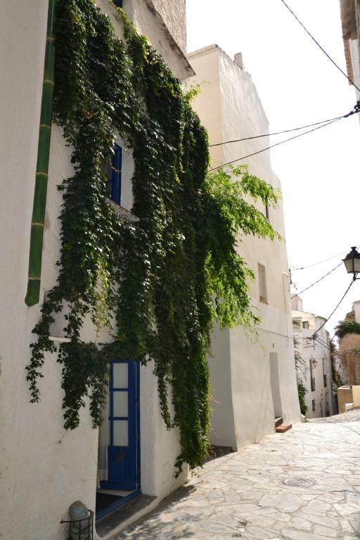 Casa fantástica de 1900, con el encanto del pueblo al lado de la iglesia en el casco antiguo.