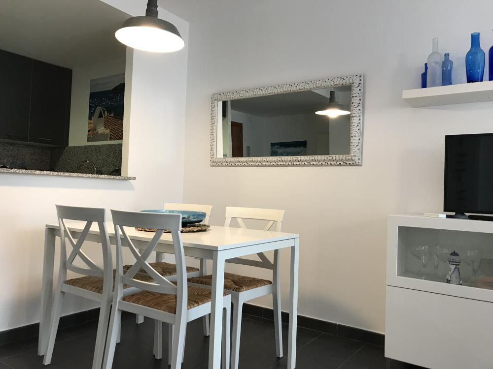 101.118 Trilla Apartament modern i funcional al centre de Cadaqués Apartamento CENTRE CADAQUÉS