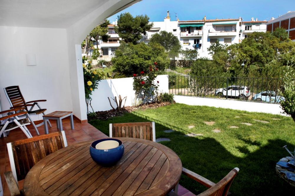 SURUS 45 Apartamento con terraza, jardín y vistas al mar Apartamento