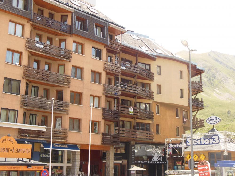 140106 106 GRIZZLY Apartamento Pas de la Casa 1