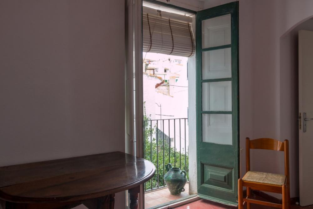 CARRER EMBUT 1 Apartamento situado en el casco antiguo. Apartamento