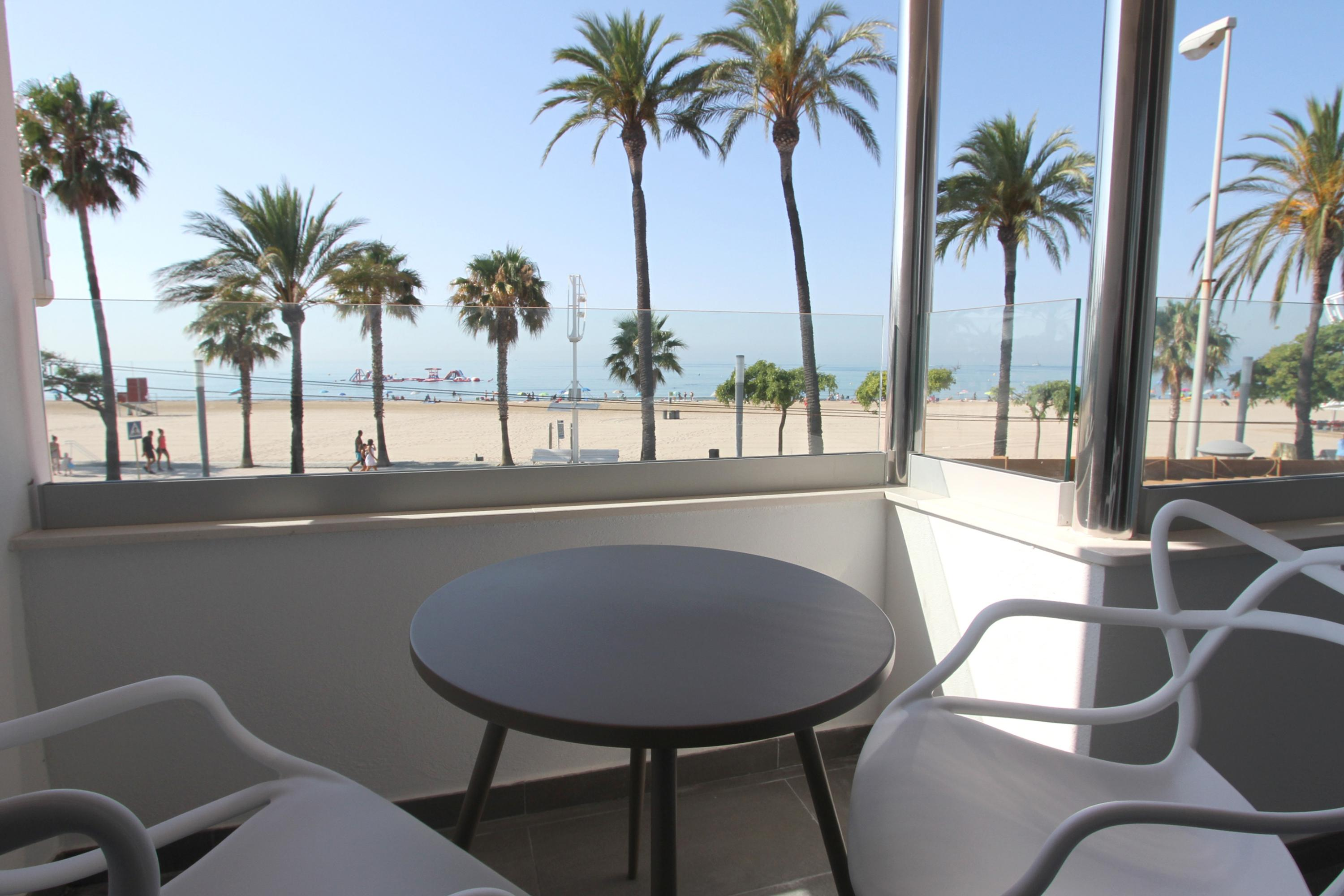 CBR-002 Roesmar 2H Seaview Apartment playa Cambrils