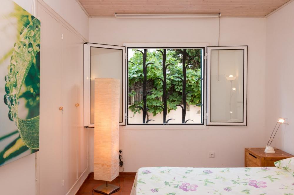 CAIALS PL.B Apartament planta baixa, situat a primera línia de mar. Appartement