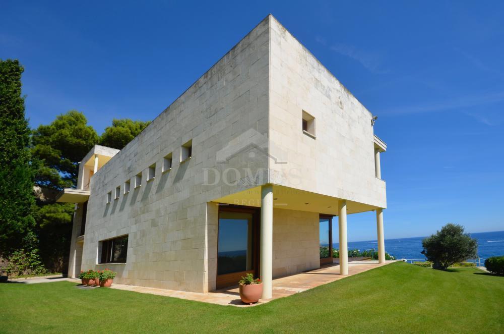 2977 Front de Mar Vrijstaand huis Sa Tuna  Begur