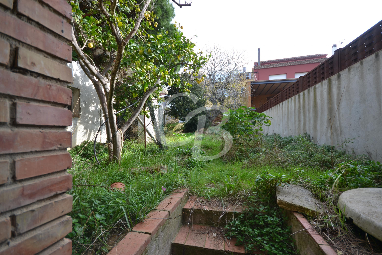 A2103 CASA DE PUEBLO CON TERRENO EN EL CENTRO DE BEGUR Casa de pueblo Centre Begur