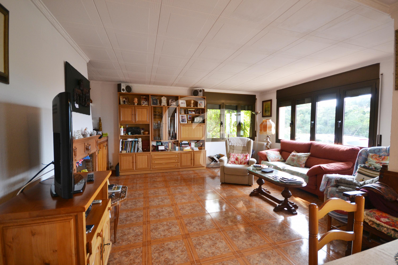 2108 CASA CON FANTASTICAS VISTAS A LOS PIRINEOS  Casa aislada  Begur