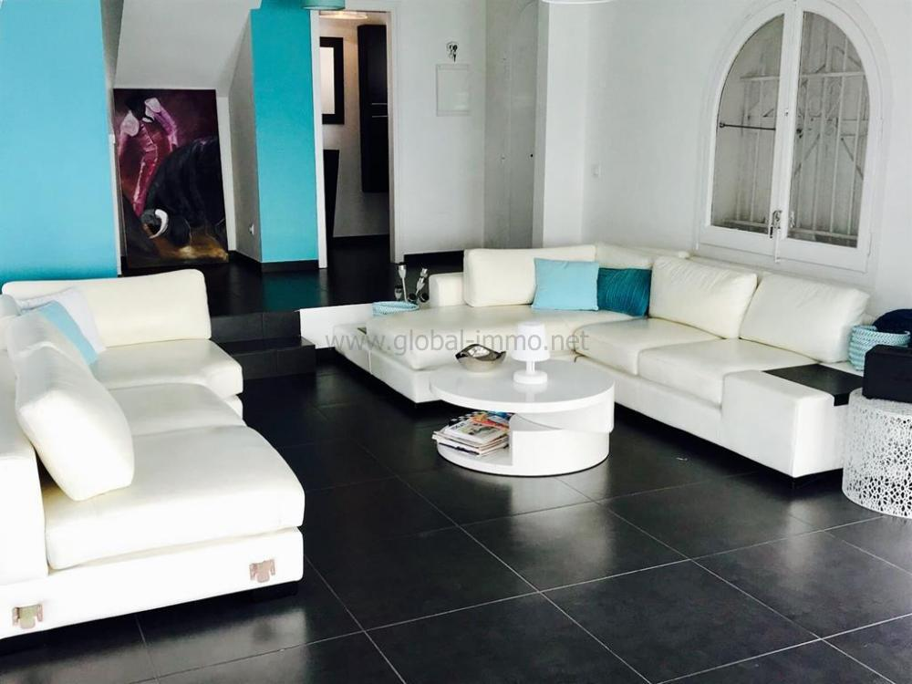 8007 VILLA VELASQUEZ Detached house CANYELLES PETITES ROSES