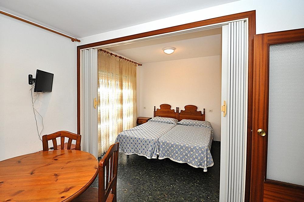 Flores 4 PAX Apartment  Lloret de Mar