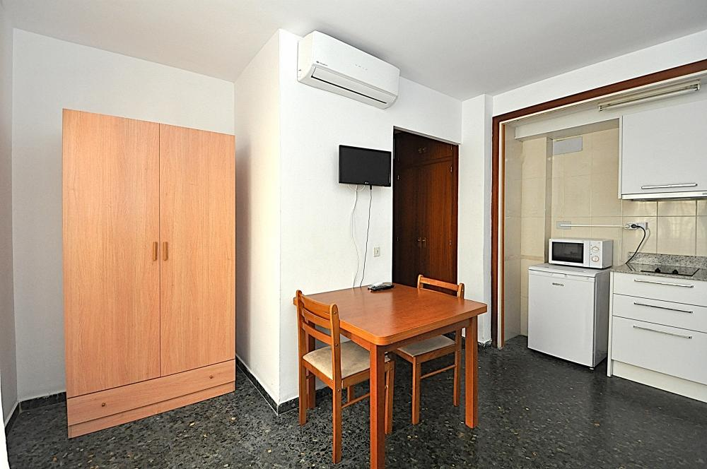 Flores 2PAX Apartment  Lloret de Mar