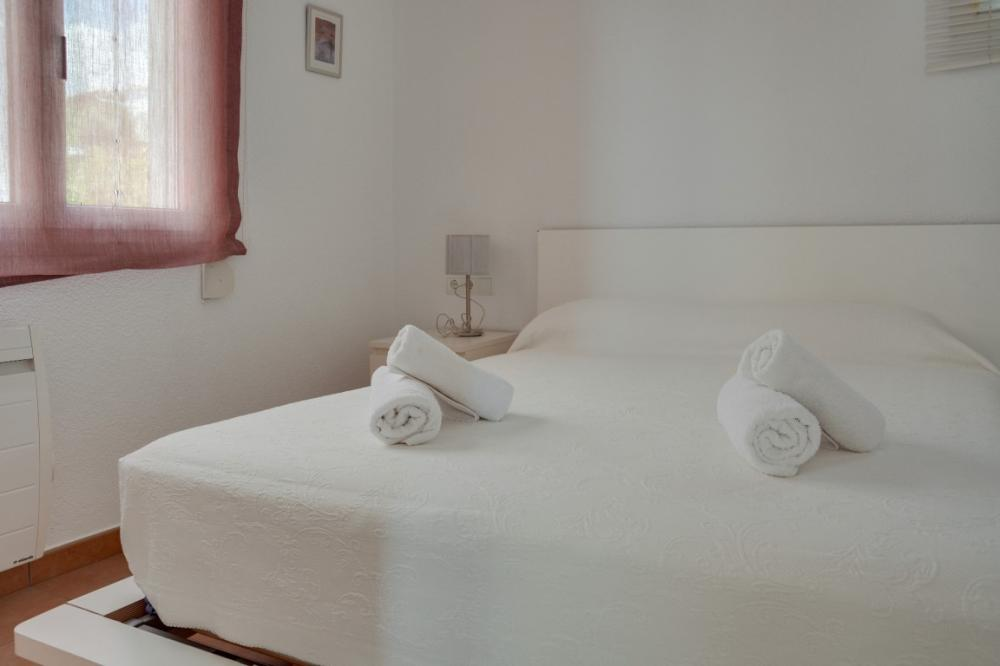 101.32 Carretera Port Lligat Apartament amb tres dormitoris, plaça de pàrking i terrassa amb vistes al mar Appartement Carretera Port Lligat Cadaqués
