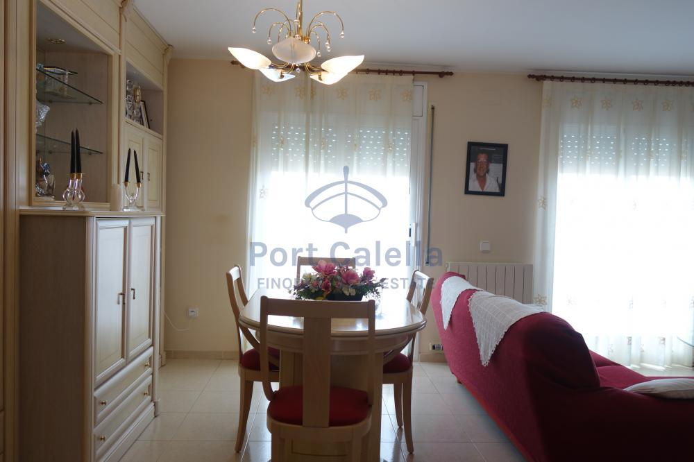 1460 BRUGUEROL Semi-detached house