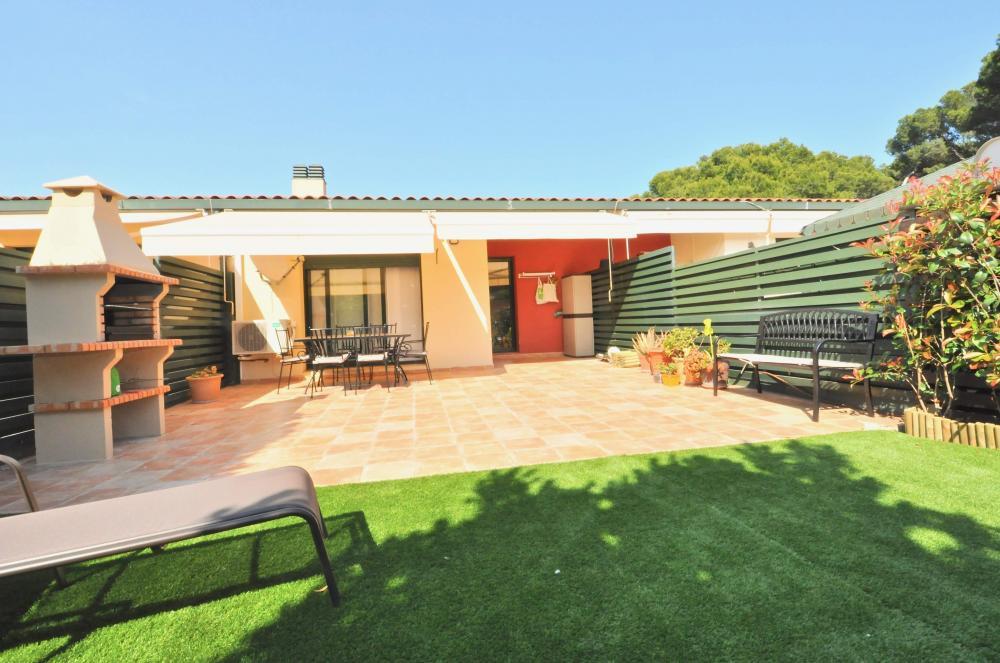 C050 Tounhause Global  Casa adosada Fenals Lloret de Mar