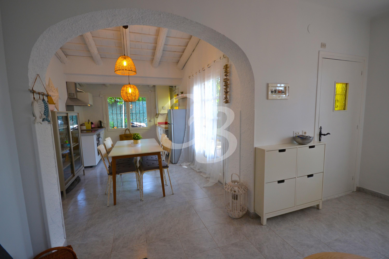 164 PRECIOSA CASA ADOSSADA AMB AMPLI JARDÍ AL RESIDENCIAL BEGUR Maison jumelée Residencial Begur Begur