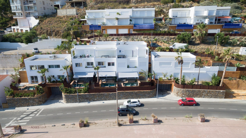 056 Ancla Mar 2-3 Casa adosada  Roses