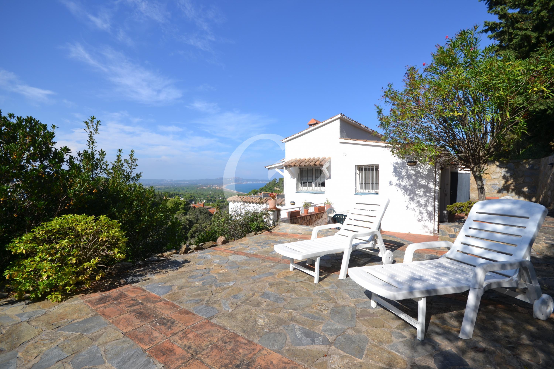A2110 CASA ADOSSADA AMB VISTES A LA PLATJA DE PALS Semi-detached house Sa Punta Begur
