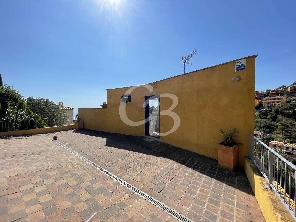 2117 PRECIOSA CASA MODERNA CON VISTAS AL MAR Casa aislada / Villa La Borna Begur