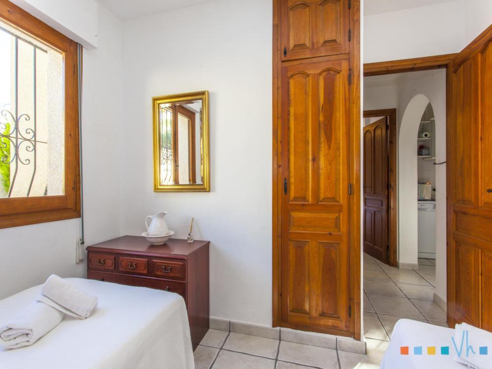 078 FLORES Отдельный дом Alicante BENISSA