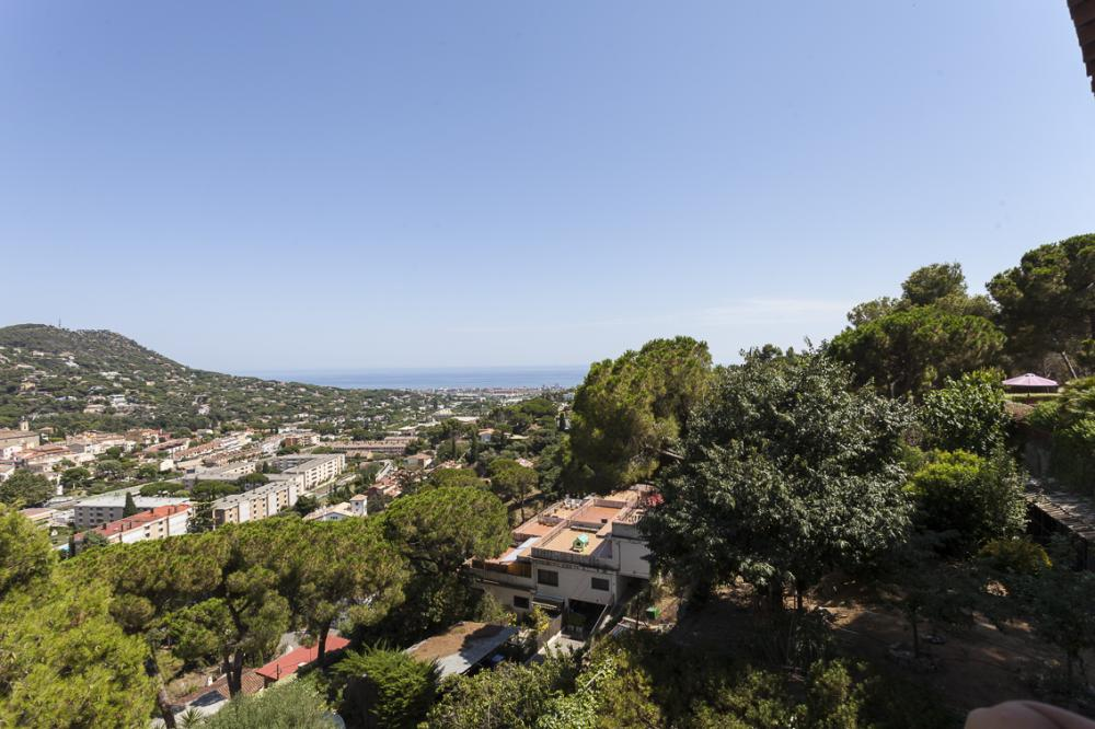 084 LI LILA Detached house / Villa El Maresme Cabrils