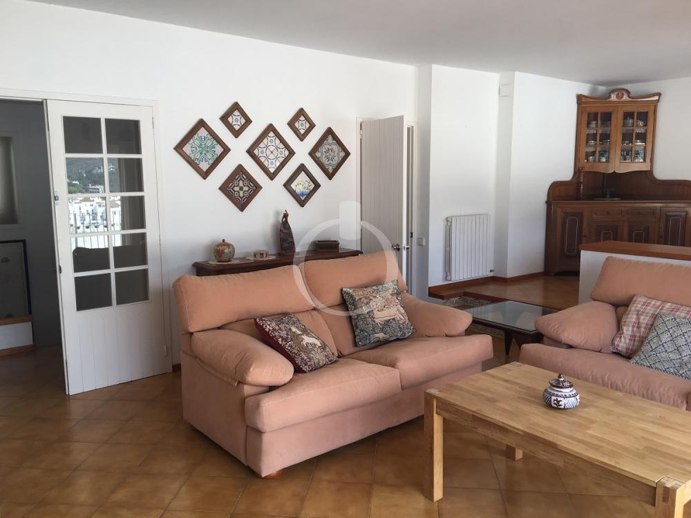 EP-17028 CREUS Apartamento CADAQUÉS