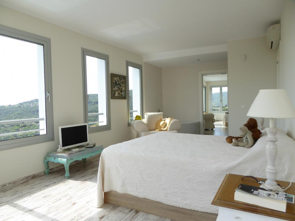 212-5 C/ París Casa aislada / Villa Calonge