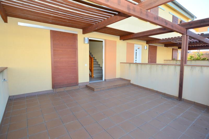ARROCA12C Rosalia de Castro, 12 C Casa adossada El Francaset Roda de Bará