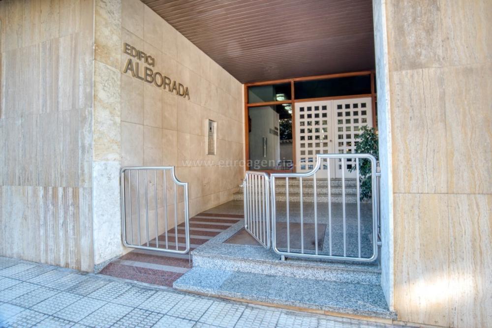 COL-1 MAGNÍFICA PRIMERA LÍNIA A PALAMÓS Pis CENTRE Palamós