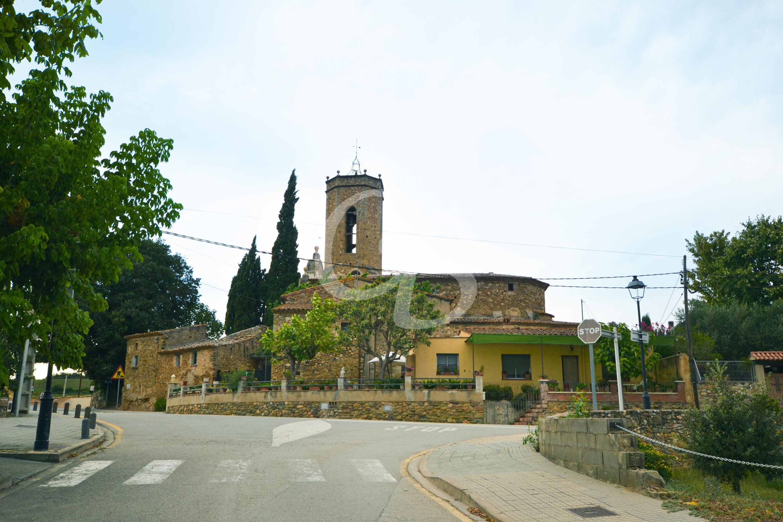 MO01 CASA ADOSADA EN MONELLS Semi-detached house  Cruïlles, Monells i Sant Sadurní de l'Heura