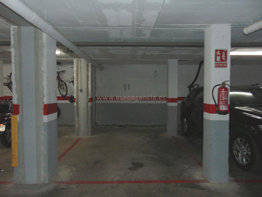 104-3 ZONA MERCADONA Piso Zona Mercadona Calonge