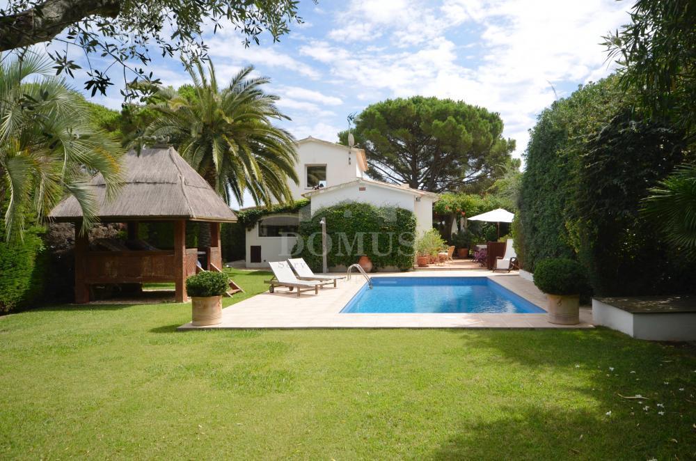 2072 Casa Porxada Vrijstaand huis / Villa Casa de Camp Begur
