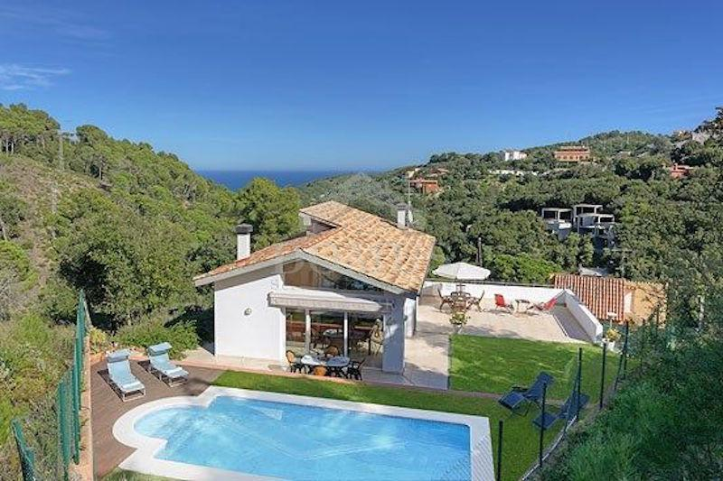 075 IOLANDA DE CRUILLES Villa privée Centre Begur