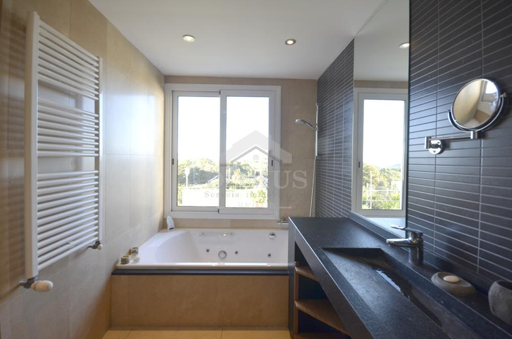 031 BELLAVISTA Villa privée Centre Begur