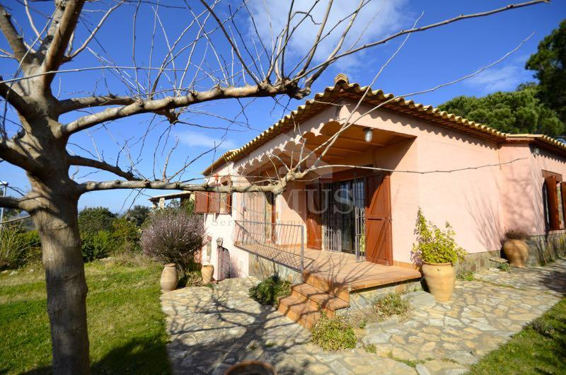 2611 REGENCOS Detached house  Begur